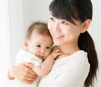 エッグサポート・女性と赤ちゃん